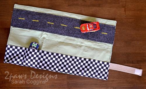 Cars Car Caddy: Inside