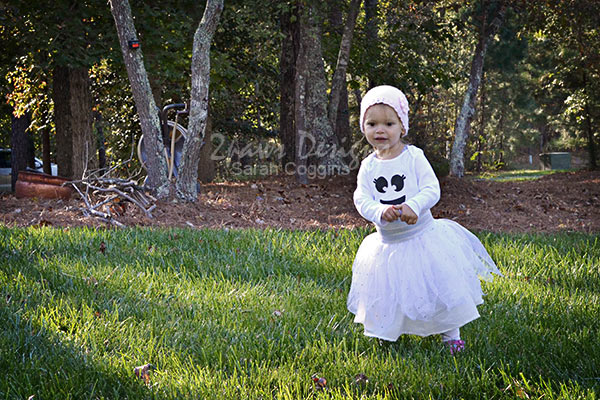 Family Themed Halloween Costumes: Ghostbusters ghost