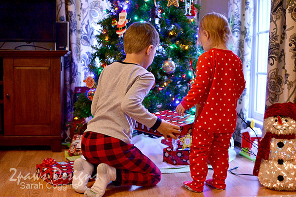 Project 52 Photos: Week 52 – Picking Presents