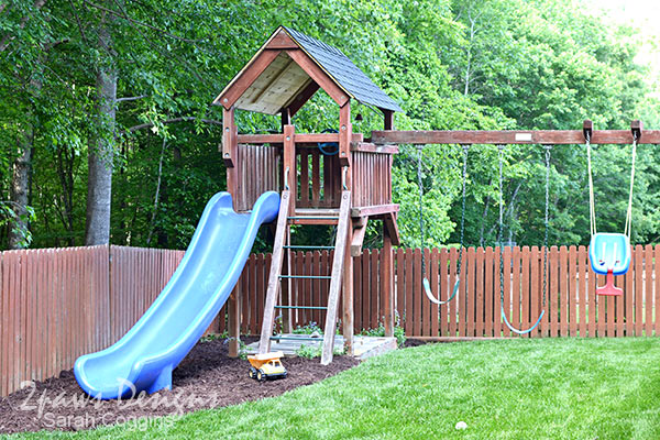 DIY Playset Makeover New Roof: Complete