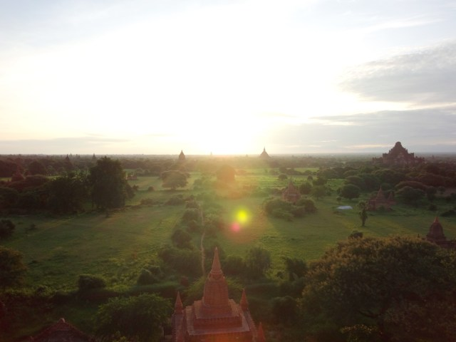 Sunrise from Shwesandaw Pagoda.
