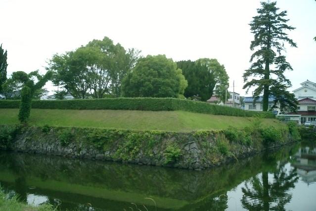 sasayama castle moat