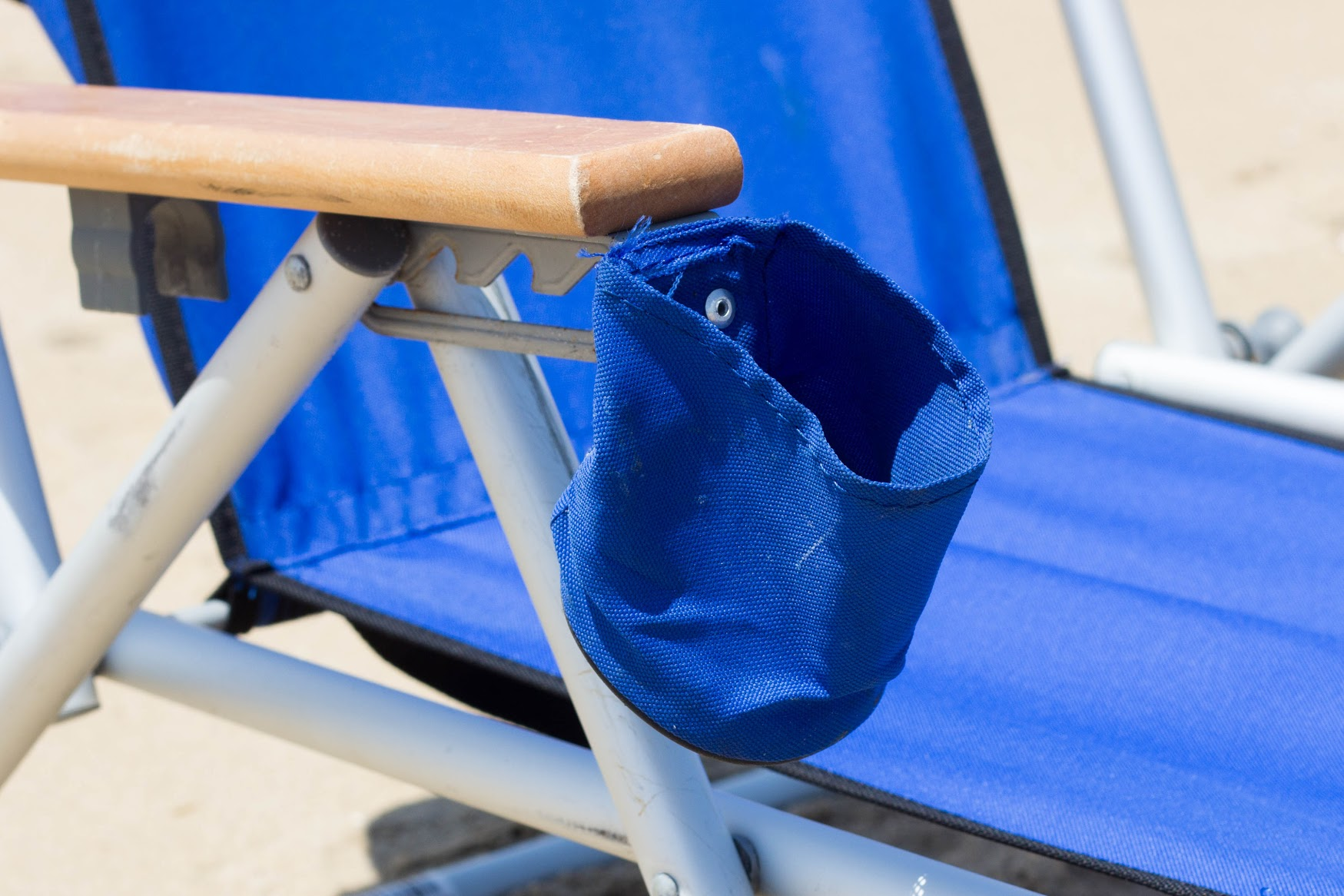Beach Chair With Cup Holder Sandbridge Beach Chair Rental Ocean Rentals Ltd