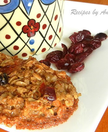 Oatmeal Cranberry and Pecan Cookies by 2sistersrecipes.com