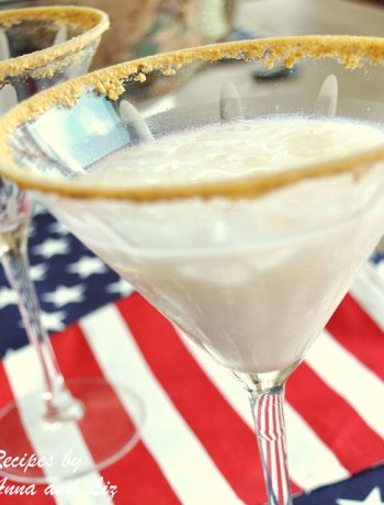 Banana Cream Pie Cocktail by 2sistersrecipes.com
