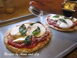 Liz's Pita Pizza