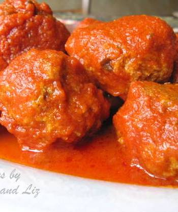 Mom's Best Sunday Meatballs by 2sistersrecipes,com