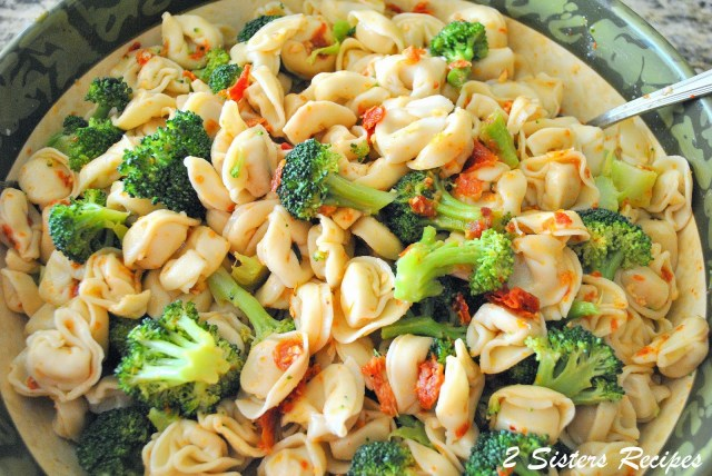 Tortellini and Broccoli Salad by 2sistersrecipes.com
