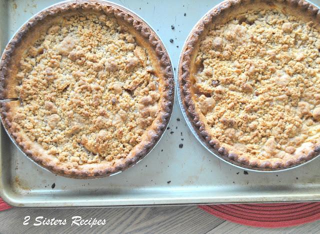 EASY Apple Crisp Pie