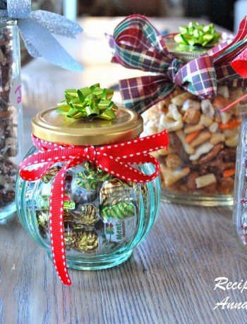Holiday Homemade Gift Ideas by 2sistersrecipes.com