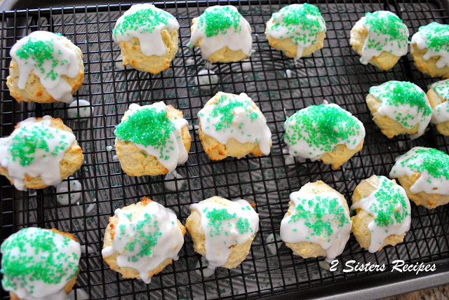 Italian Lemon Cookies with Lemon Glaze for Christmas!