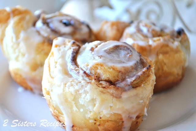 Cinnamon Rolls with Walnuts and Raisins by 2sistersrecipes.com