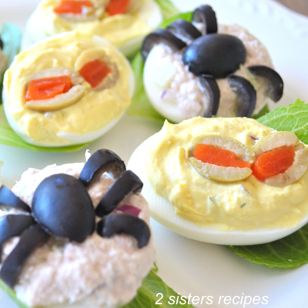 Spooky Deviled Eggs- 2 recipes by 2sistersrecipes.com
