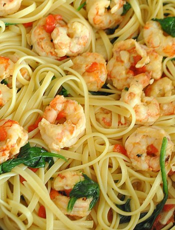 Easy Shrimp Dinner by 2sistersrecipes.com