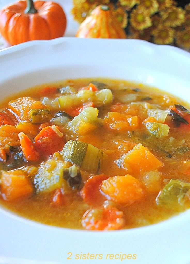 Healthy Butternut Squash Zucchini Soup by 2sistersrecipes.com