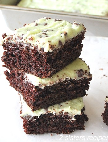 Mint Chocolate Chip Zucchini Brownies by 2sistersrecipes.com