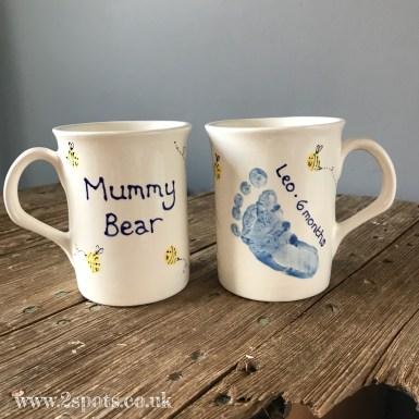 Footprint Mugs with Toeprint Bees