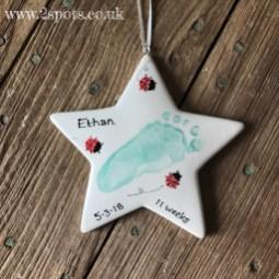 Footprint Star with Toeprint Ladybirds