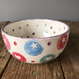 Bowl with stars and spots