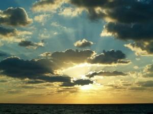 sunrise-597513_1920