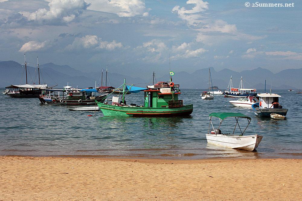 Isla Grande boats