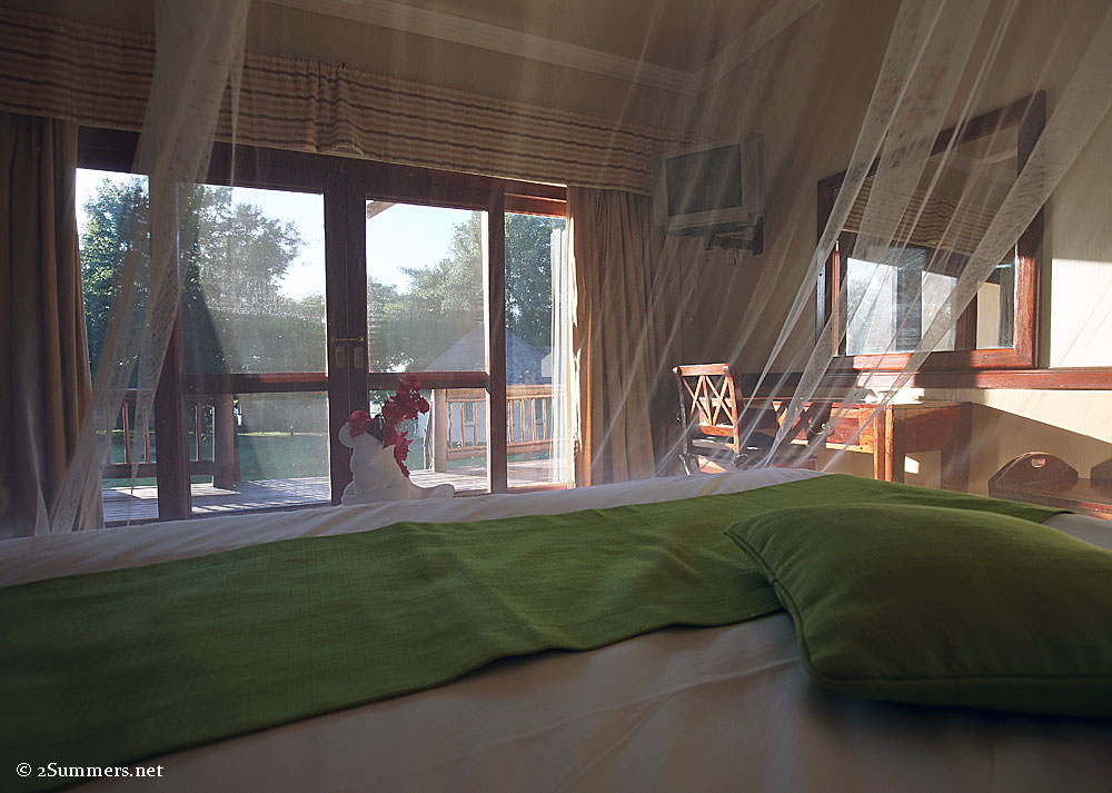 Chobe-lodge-room