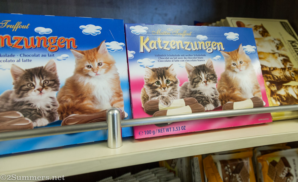 Katzenzungen - chocolate kitten toungues