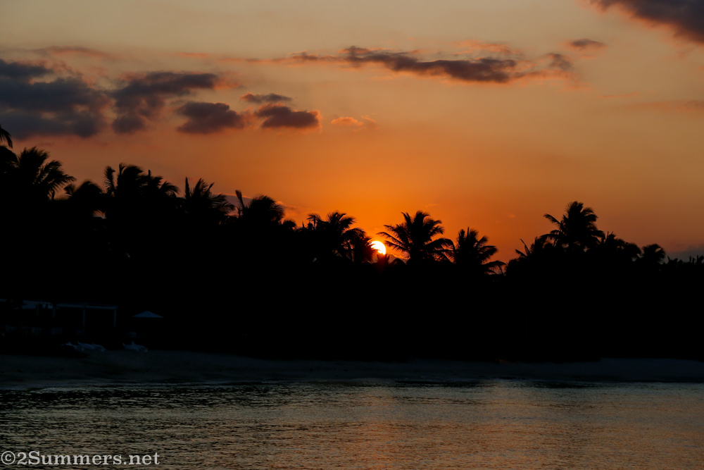Mauritius sunset behind the trees