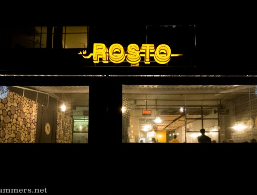 Rosto in Linden - outside at night