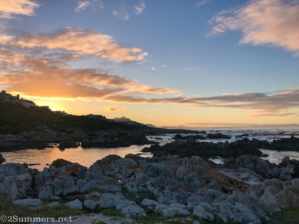 Sunrise Breakfast Bay