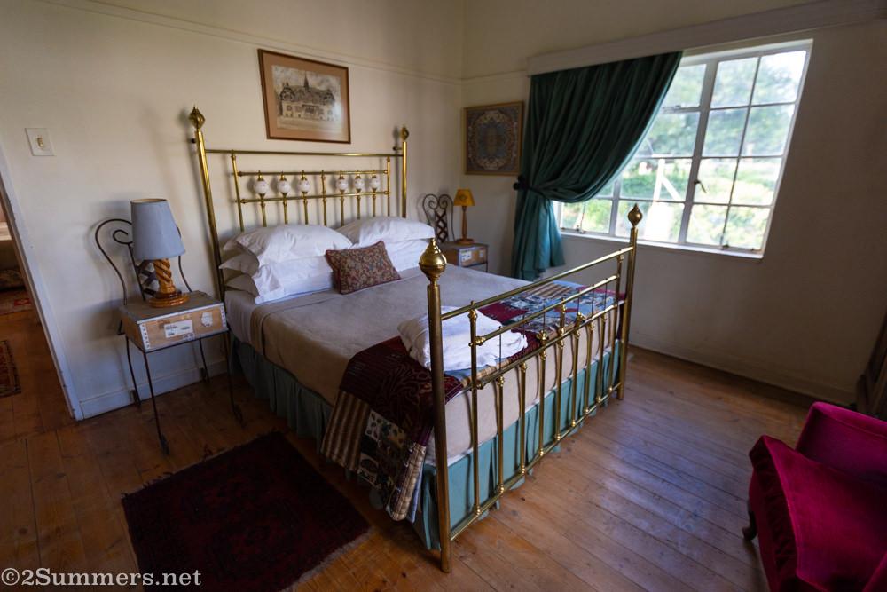 Guest room inside De Oude Huize