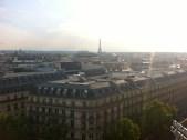 Les toits de Paris... Depuis la terrasse des Galeries Lafayette.