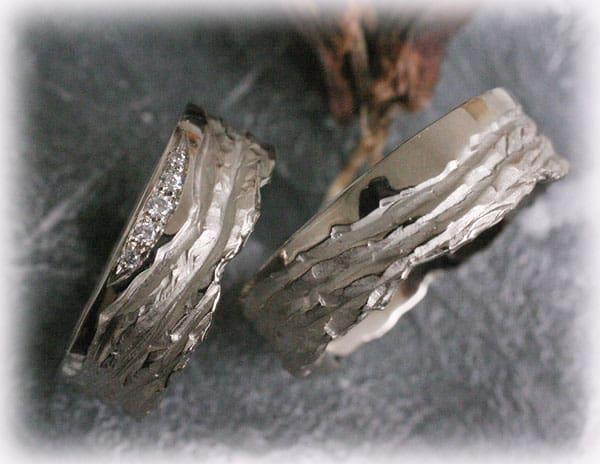 Eheringe IM123 mit 5 DiamantenWeigold 585 gehmmert und