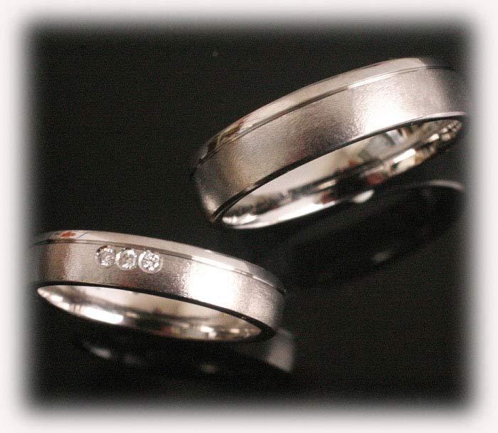 Trauringe Eheringe IM382 Platin oder Weigold 3 Diamanten