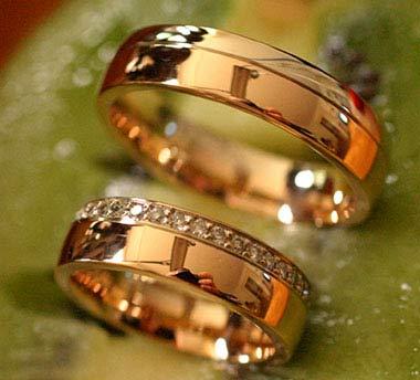 Wie sieht der Ehering heute aus  Eheringe aus Gold