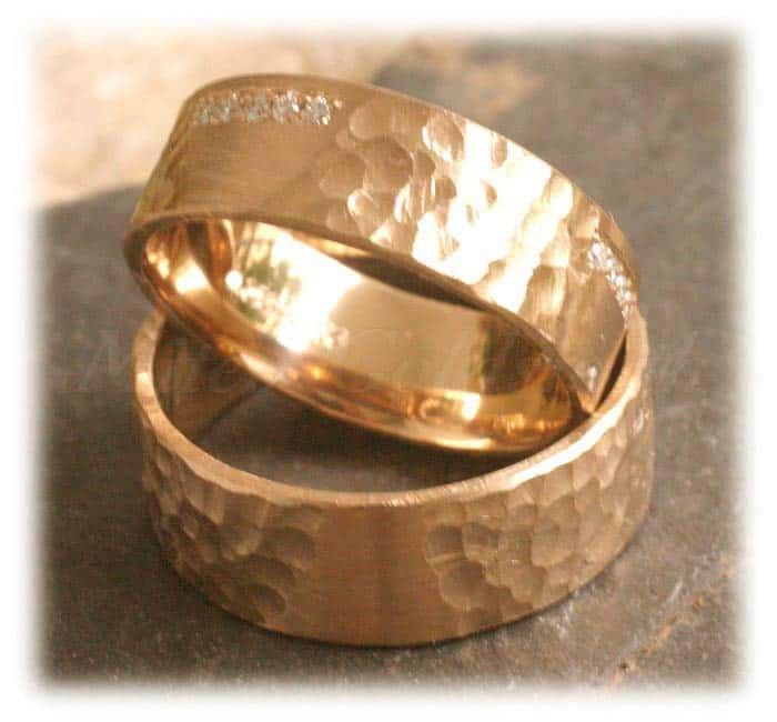 TrauringeEheringe IM259 18 Diamanten 018 K gehmmert