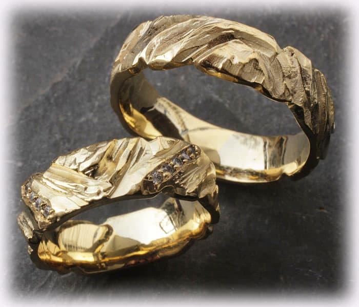 TrauringeEheringe IM110 mit 015ct Diamanten gehmmert