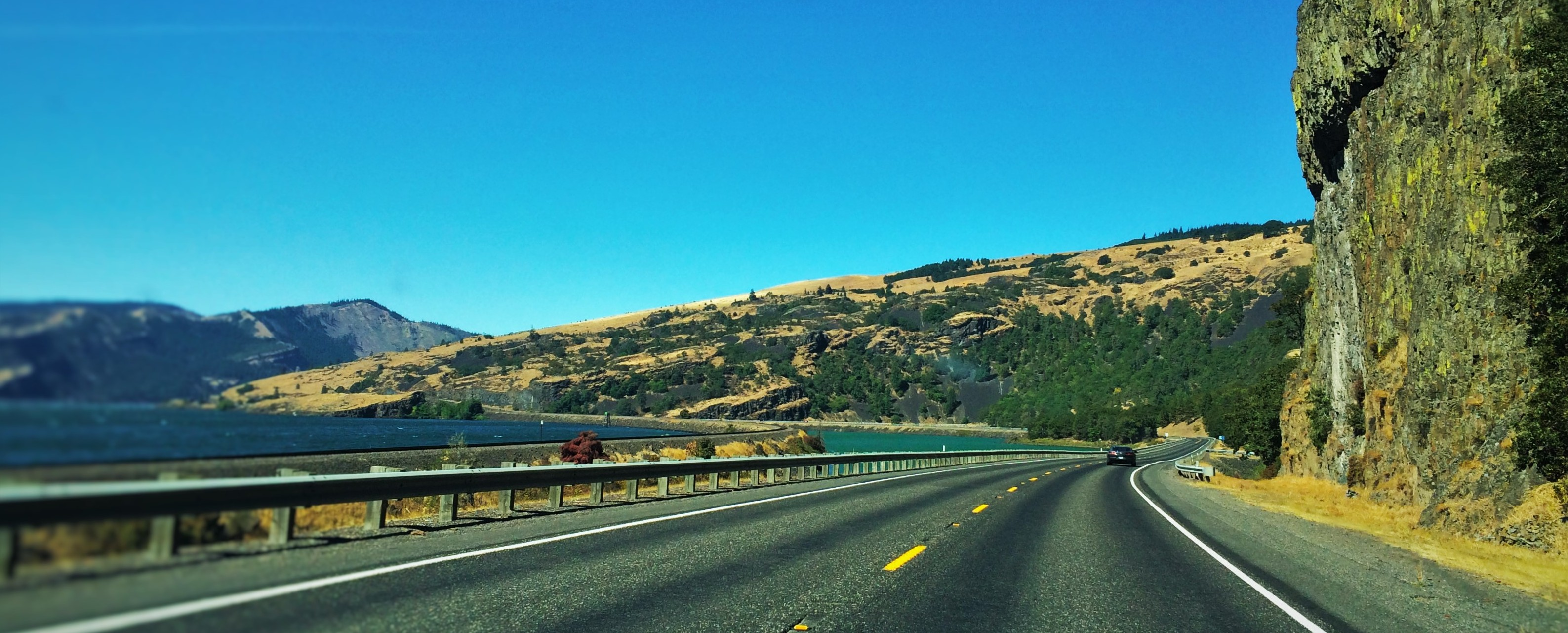 Hwy 14 Columbia Gorge Washington header