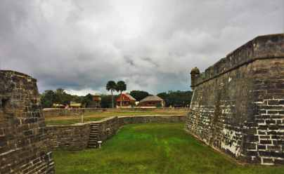Castillo San Marcos St Augustine moat 3