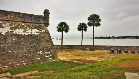 Castillo San Marcos St Augustine with palms 1