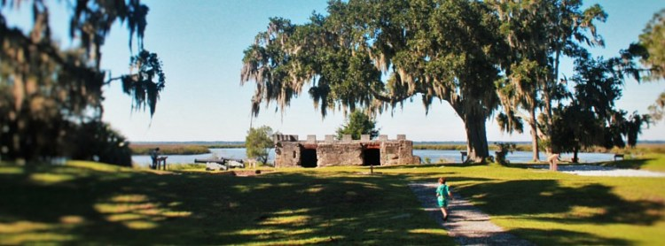 LittleMan running towards Fort Frederica St Simons Island GA header