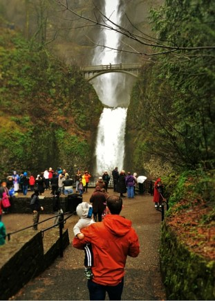 Chris Taylor and TinyMan at Multnomah Falls Columbia Gorge Oregon 2traveldads.com