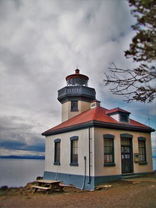Lime Kiln Lighthouse San Juan Island Washington 2traveldads.com