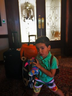 LittleMan with Suitcases Trunki Casa Marina 1