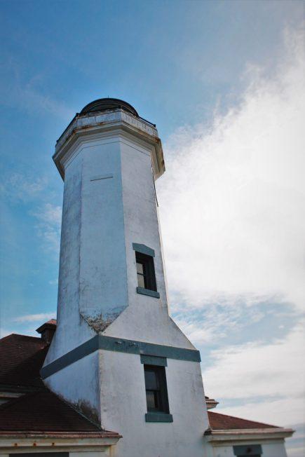 Point Wilson Lighthouse Fort Worden Port Townsend 2traveldads.com