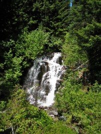 Van Trump Creek in Mt Rainier National Park 2traveldads.com