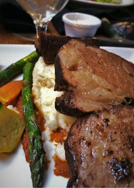 Braised shortribs in Sierra Restaurant of the Tenaya Lodge Yosemite 2traveldads.com