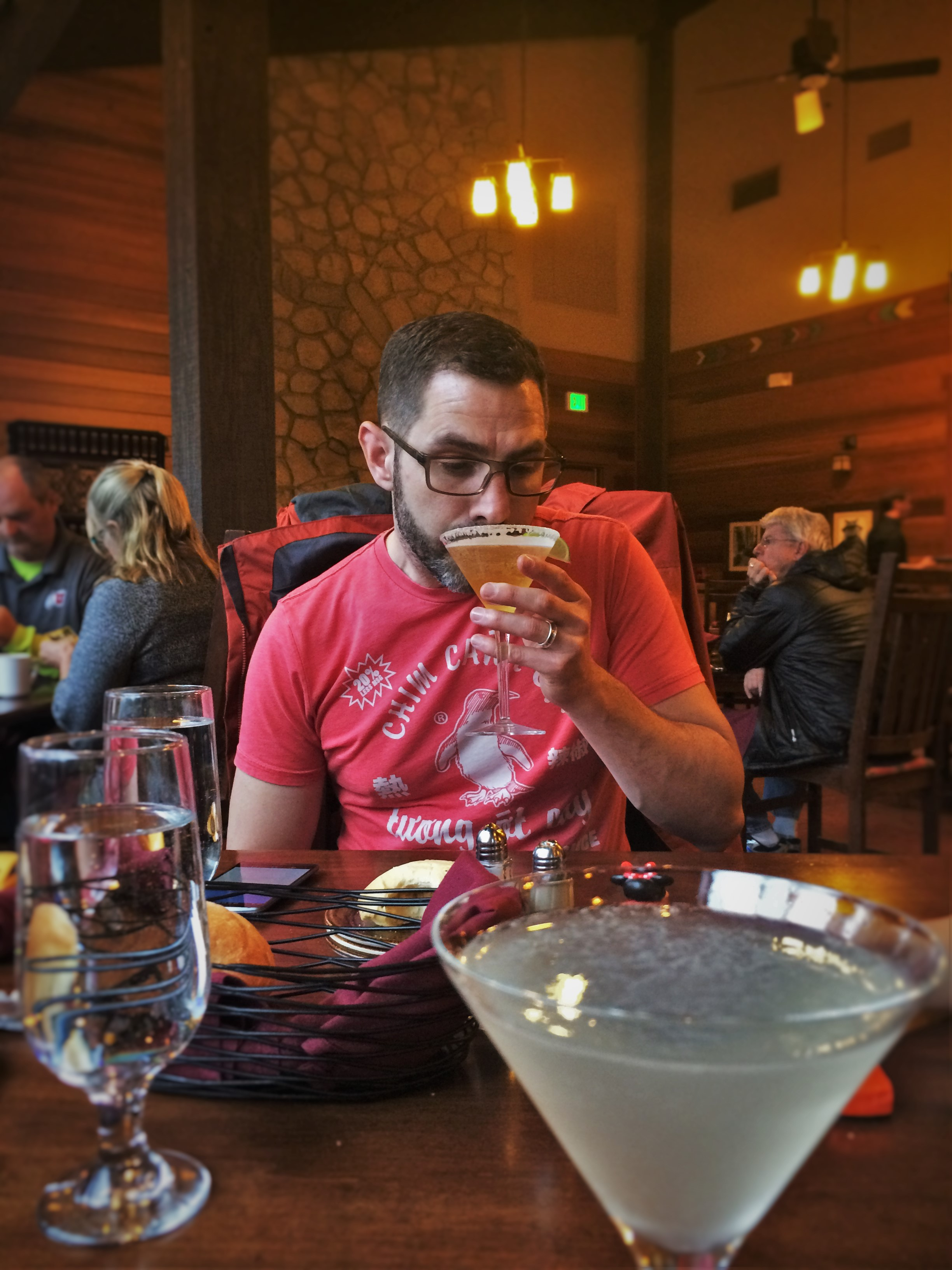 Chris Taylor and Cocktails in Peaks Dining room at Wuksachi Lodge in Sequoia National Park 1