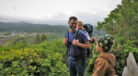 Chris Taylor and kids hiking at Trinidad Head 2
