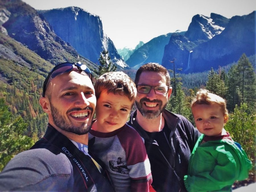 Taylor Family at Tunnel View in Yosemite National Park 2